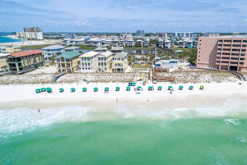 Destin Pointe Vacation Rental Homes | Holiday Isle Properties on